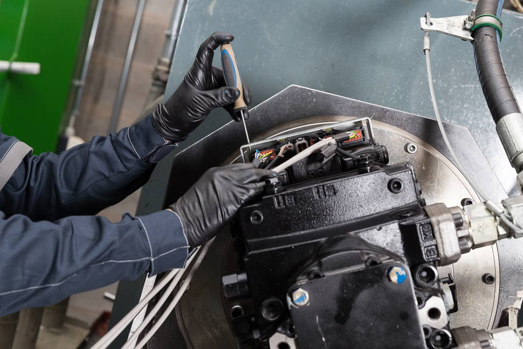 Specialisti nella revisione e manutenzione di pompe e motori